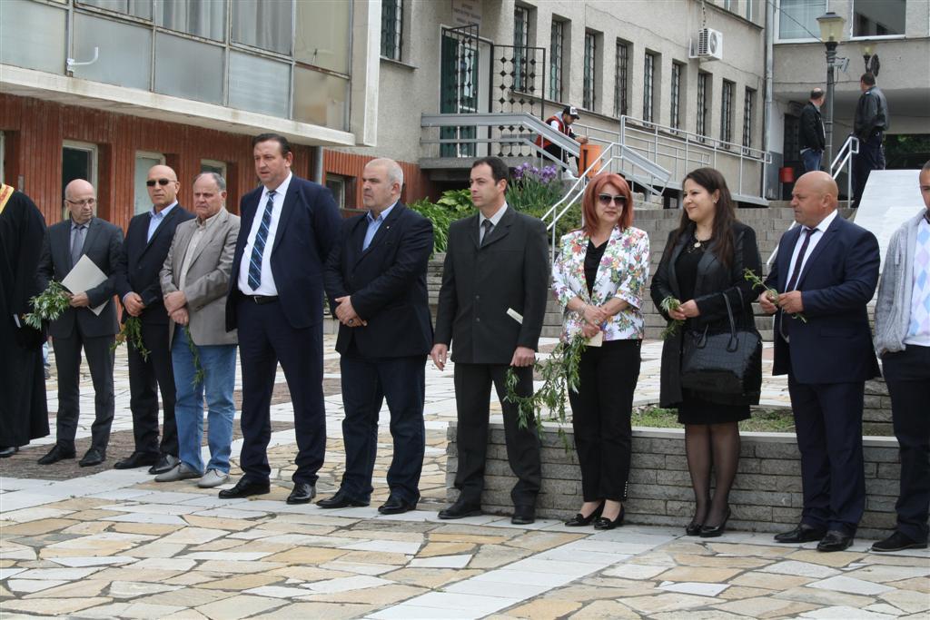 Областният управител инж. Георги Ранов и зам. областният управител Мариана Кръстева присъстваха на празника на град Мъглиж