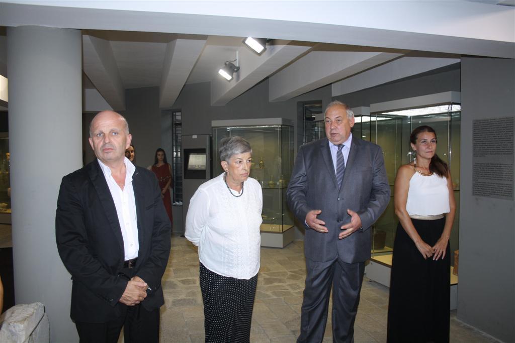 Областният управител инж. Георги Ранов присъства на представянето на реставрирана римска мозайка