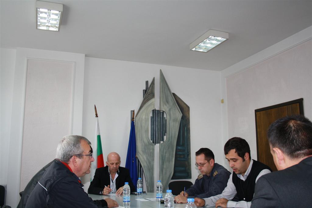 Областния управител инж. Георги Ранов проведе среща с представителите на Областния щаб за Защитата при бедствия