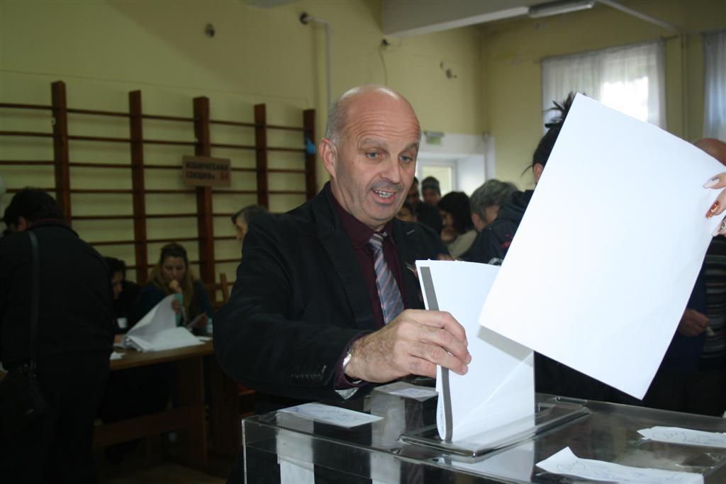 "Инж. Георги Ранов упражни правото си на глас в ЦДГ ""Зорница"""