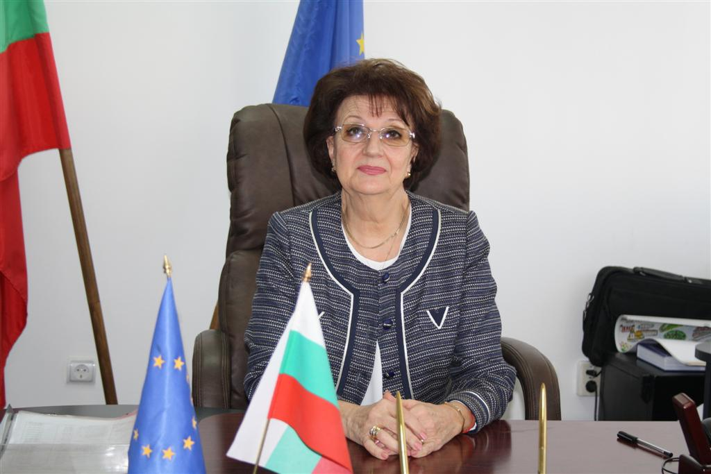Новият областен управител проф. Веска Шошева встъпи официално в длъжност