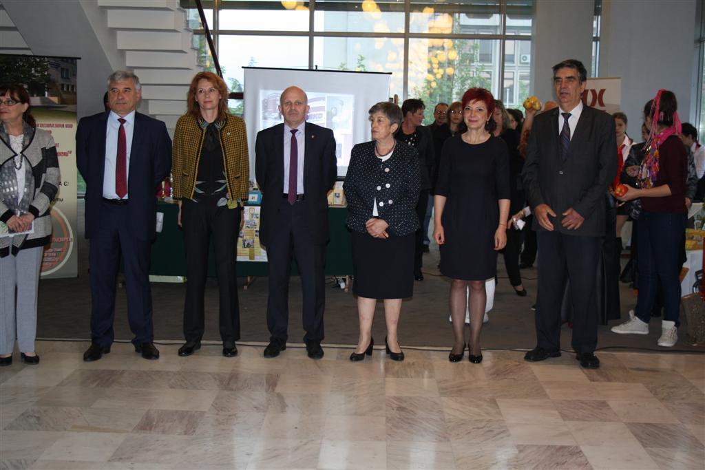 Областният управител инж. Георги Ранов присъства днес на откриването на четвъртата Областна панорама на професионалното образование и кариерно ориентиране 2016 г.