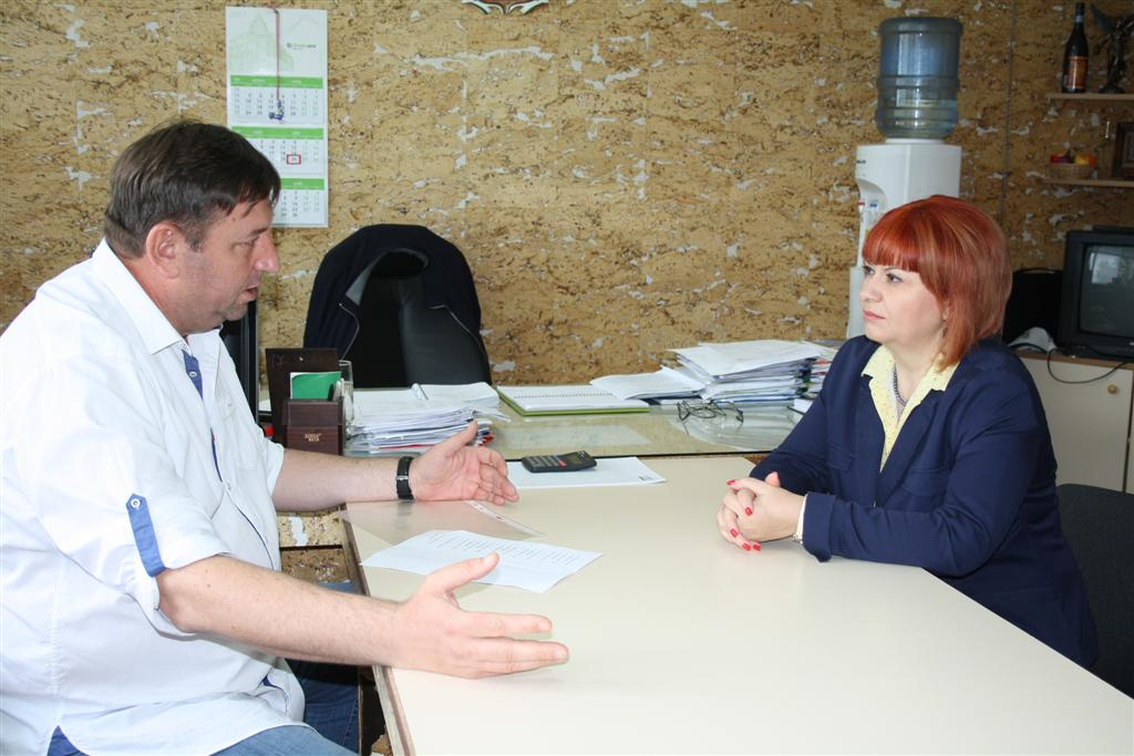 Областният управител Гергана Микова се срещна с кметовете на Мъглиж и Павел баня