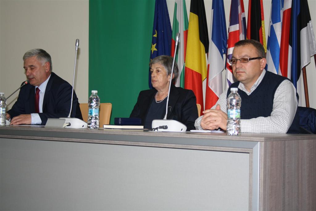Зам. областният управител Димитър Драчев присъства на кръгла маса за професионалното образование