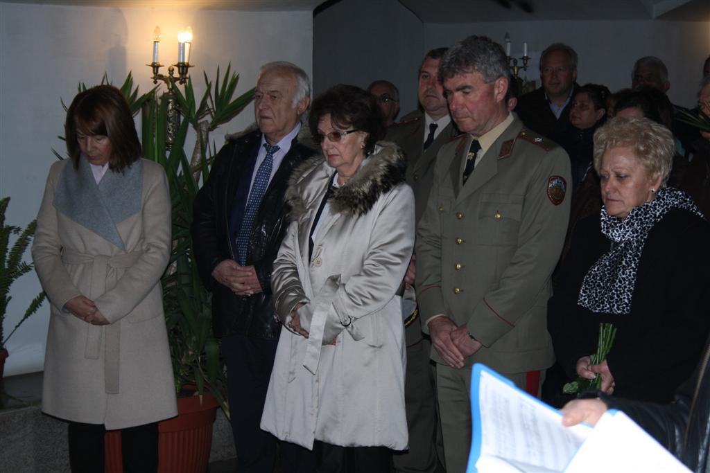 Областният управител проф. Веска Шошева и зам. областният управител Румяна Друмева участваха в тържествата по случай 3 март на връх Шипкака